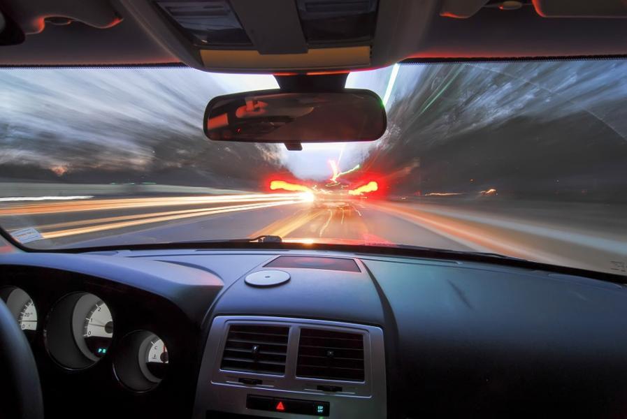 Allt säkrare i trafiken men hastigheterna hålls dåligt