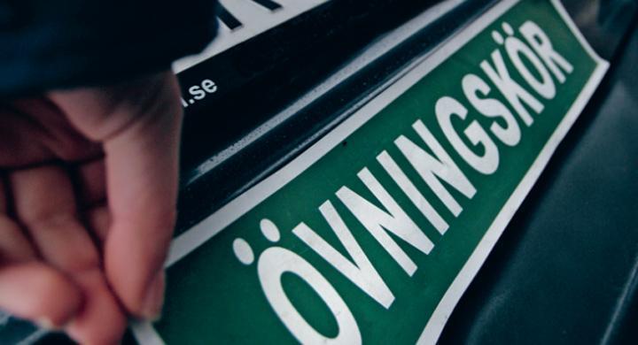 Tveksamt om körkort för automatväxellåda ökar trafiksäkerheten