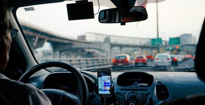 Majoritet tycker att körkortet bör förnyas efter 75
