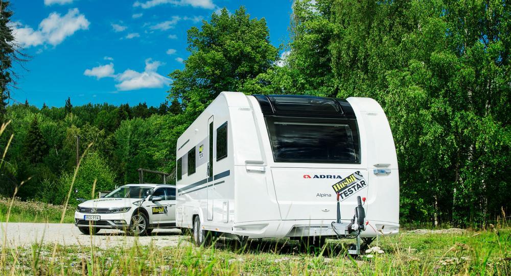 Adria Alpina 753 UT – Stor vagn för många personer