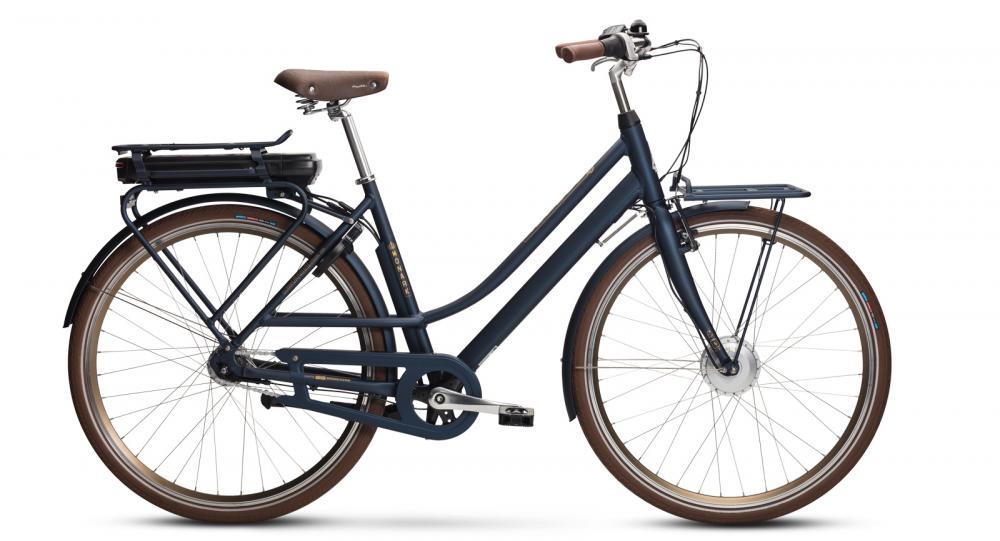 Cityelcykeln med motorn i framhjulet är en favorit. Monark Ellinor 7-vxl.