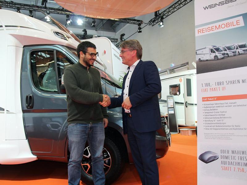 Hyrfirma köper husbilar för 70 miljoner euro