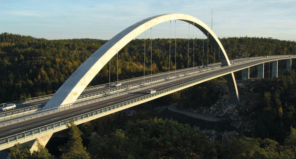 Svinesundsbron börjar repareras i juni