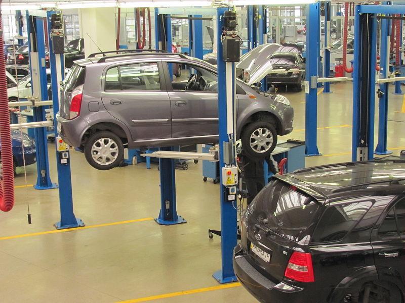 Bilägare står sig slätt mot försäkringsbolag och biltillverkare