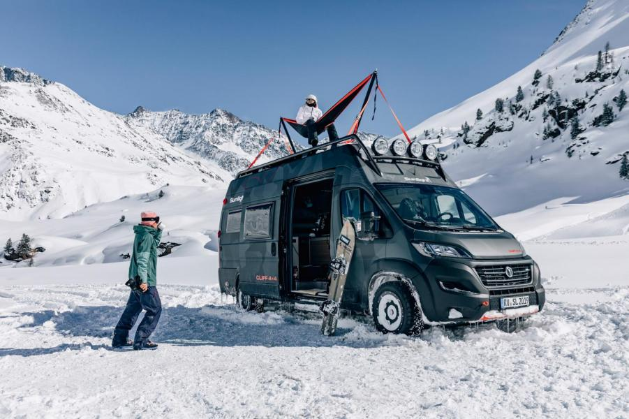 Maxad Sunlight Cliff 4x4 Adventure Van