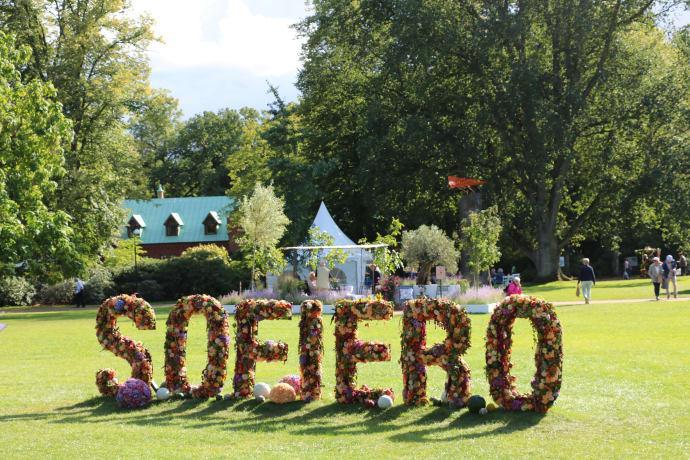 En trädgårdsfest med allt från jazz till odlingsinspiration