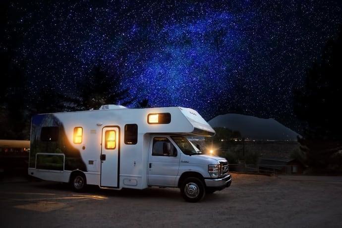 Stjärnklara nätter med husbilsturism