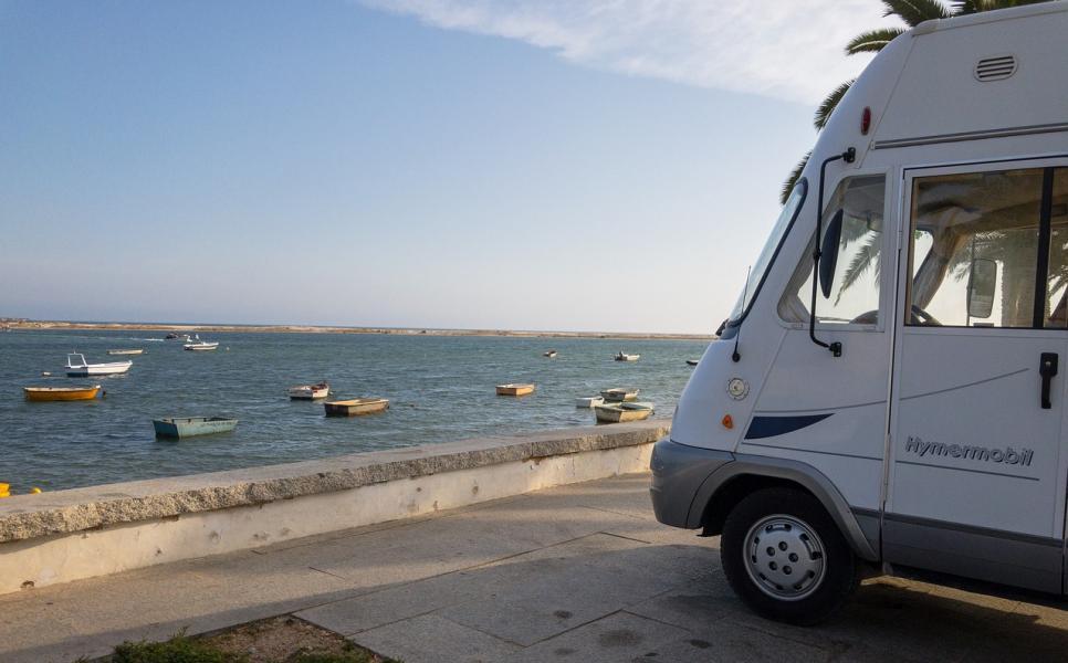 Spanien och Portugal stänger campingar