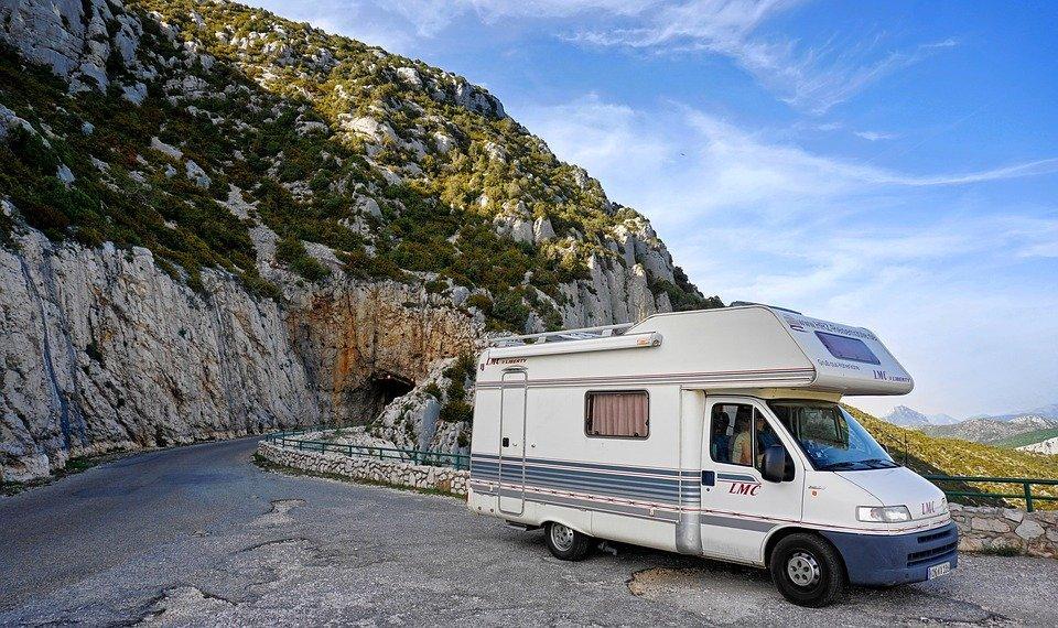 Över hundra husbilar har kunnat lämna Grekland