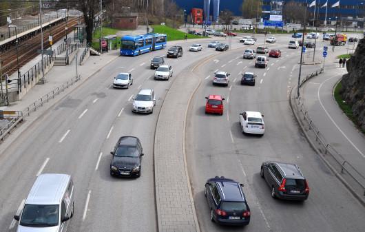 Svenska bilar körs allt färre mil