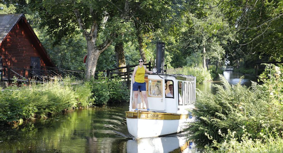 Med husbil längs Strömsholms kanal