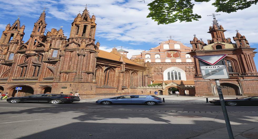 Den katolska kyrkan St Anne bidrog bland mycket annat till att Gamla stan i Vilnius blev ett Unesco världsarv 1994.
