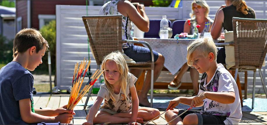 First Camp satsar stort inför sommaren