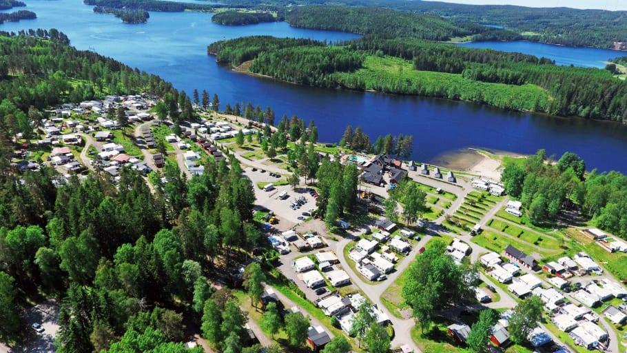 Hälften av övernattningarna var på campingplatser sommaren 2020