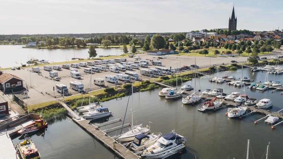 Husbilsklubben utser Mariestad till årets husbilsvänligaste kommun