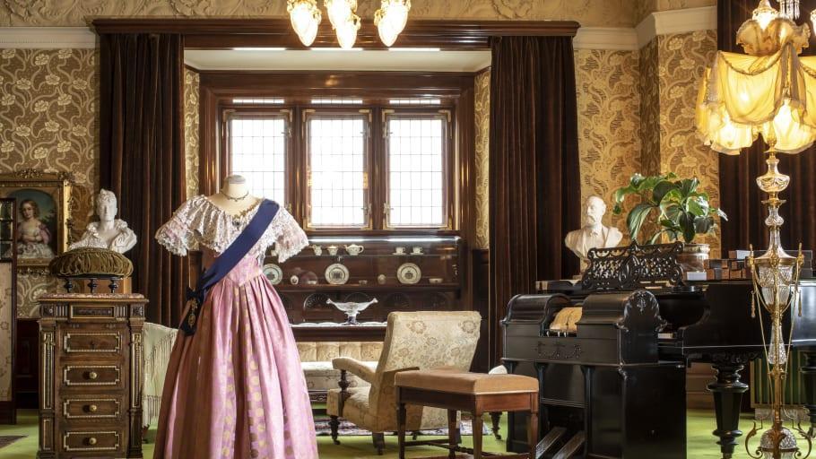 Storslaget kungligt 1800-talsmode
