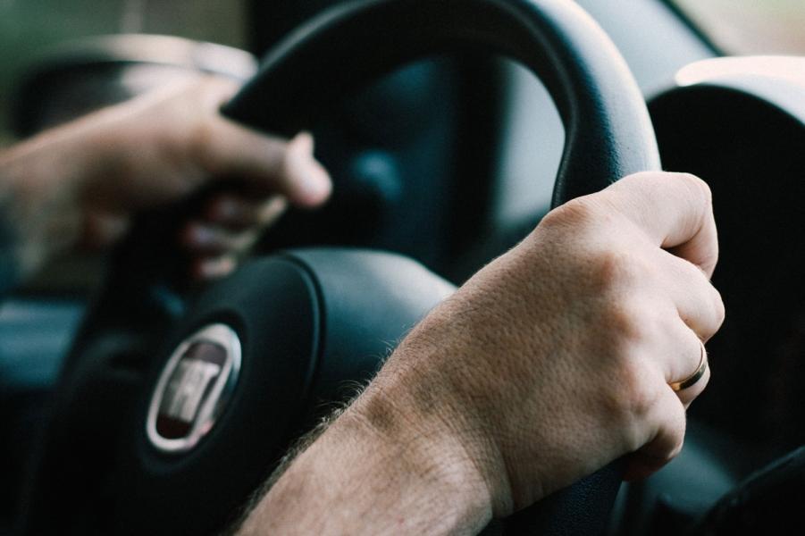 VTI ska undersöka om hög koldioxidhalt i bilkupén kan utgöra en risk