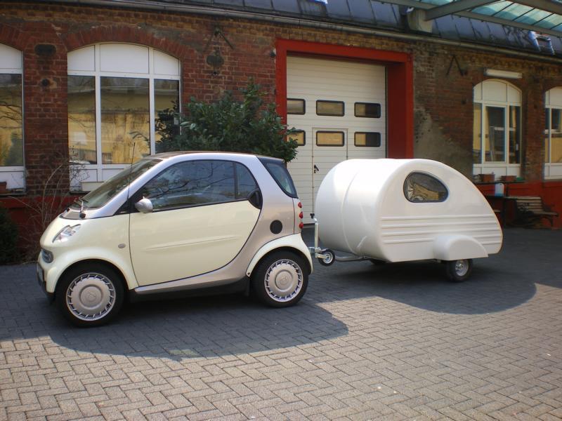 Troligen världens minsta men fortfarande användbara husvagn