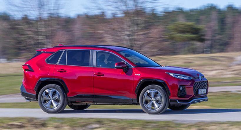 Norska kunder varnar: Farlig dragkrok på Toyota Rav4
