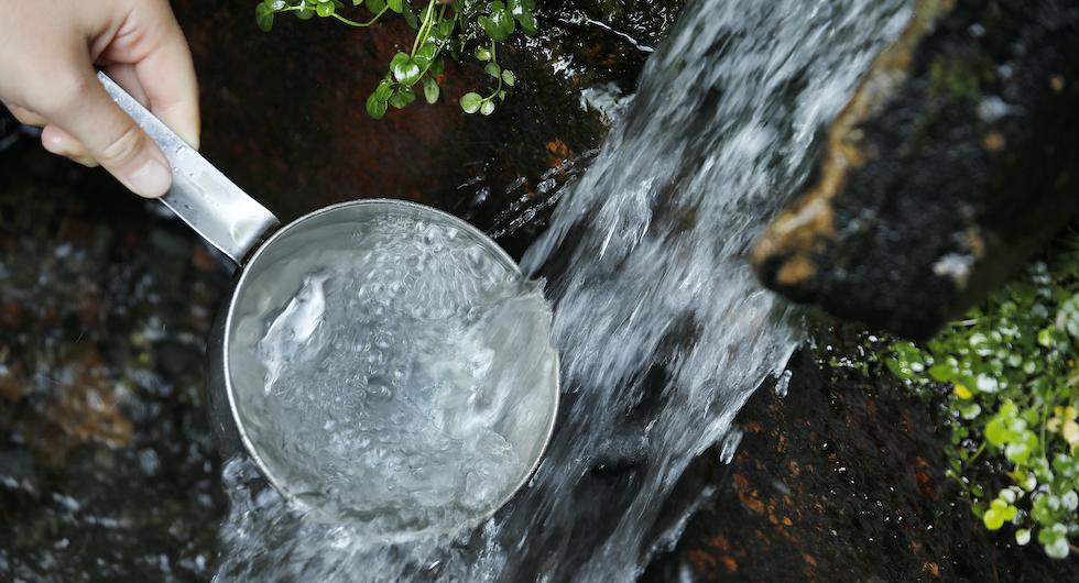 Kalla källor: Exotiskt vatten som bubblar ur jordens innanmäte