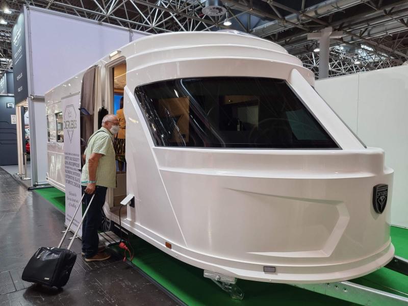 Derubis Caravans bygger udda lyxhusvagn