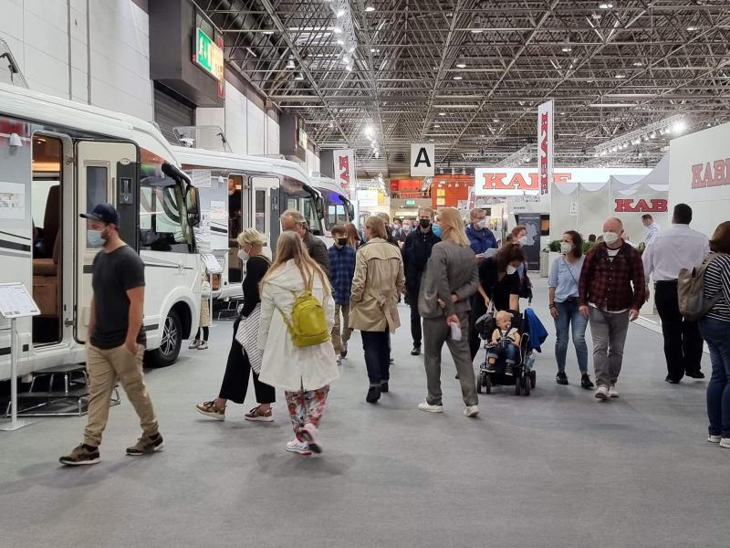 Caravan Salon når publiktaket