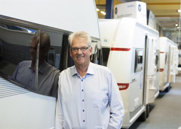 Mats Svensson, vd för Hobby Caravan, är riktigt nöjd med försäljningen på Elmia