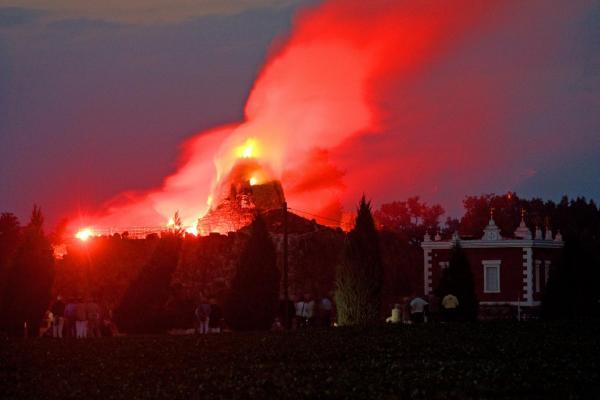 Det är i Wörlitzer park du hittar Europas enda konstgjorda vulkan
