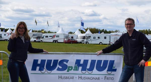 Tina Tedenlid och Sten Lilja från Hus på hjul våren 2015