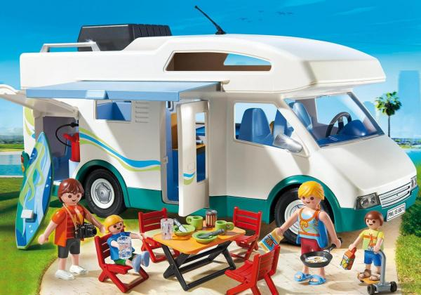 Alkoven Summer Camper är en smidig instegsbil för den yngre generationen husbilister.