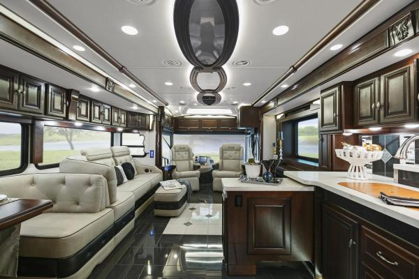 Winnebago Grand Tour
