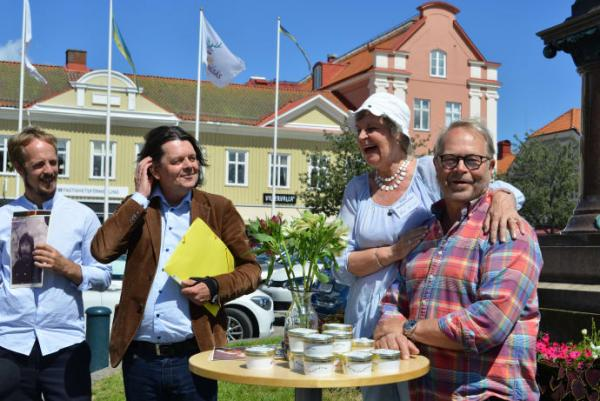 Simon Ljungman, artistkonsult Peter Jägerhult, Birgitta Westergren Lenken och Per Fritzell.