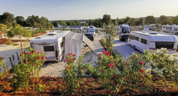 Istra Camping Premium Resort ligger perfekt beläget på en udde och har renoverats för miljontals euro.