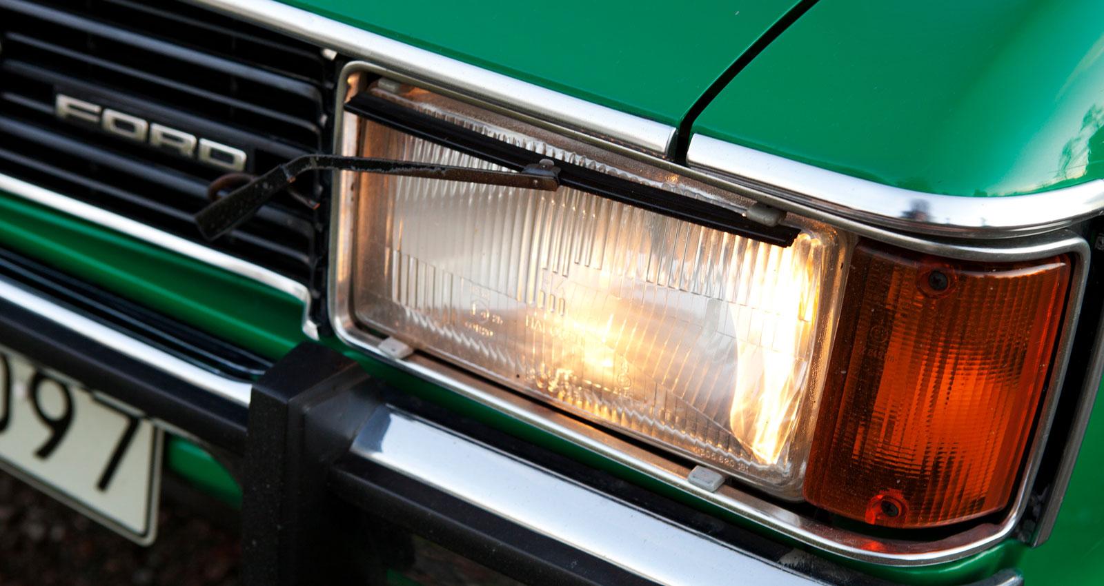 Sköngrön Ford Granada 2600 GL Coupé 1975
