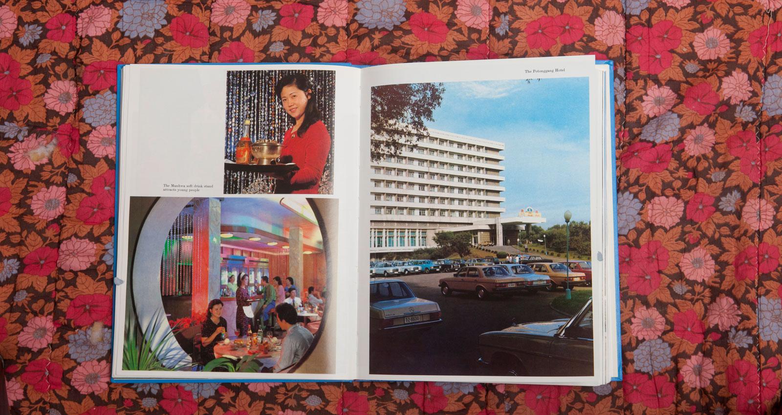 """Stämningen i boken är rakt igenom kuslig. Man anar stenhård regi in i minsta detalj. Ovan en alkoholfri bar som """"lockar unga"""". Till höger får överlyckliga barn träffa """"den store ledaren"""" Kim Il Sung i nöjesparken i Mangyongdae."""
