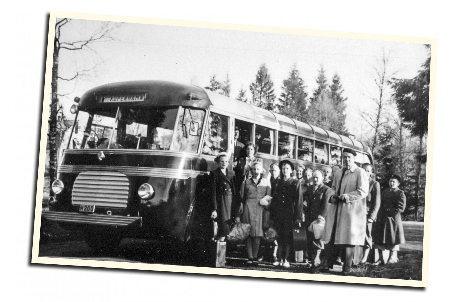 Det blev bara elva säsonger innan Ernst Carlssons charterbuss från 1948 ställdes undan...