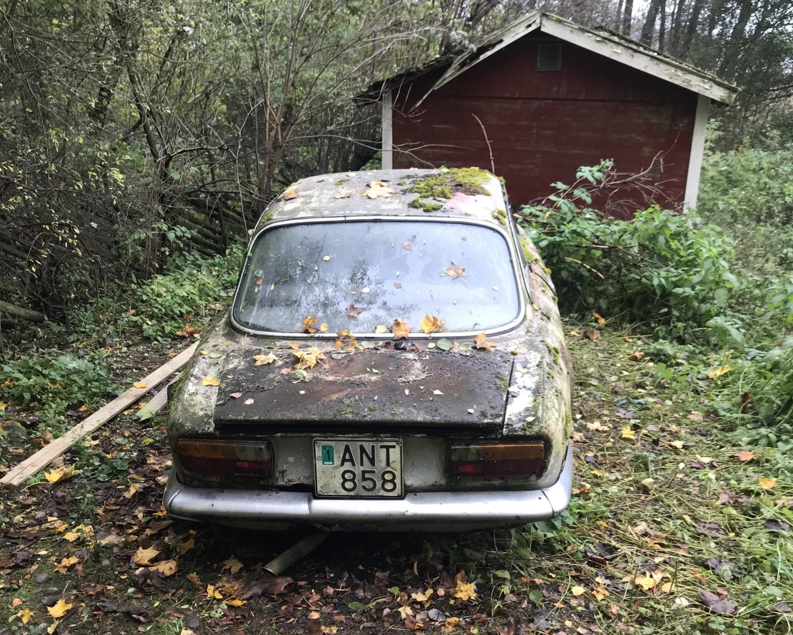 Alfan har stått utomhus på samma plats sedan 1981.