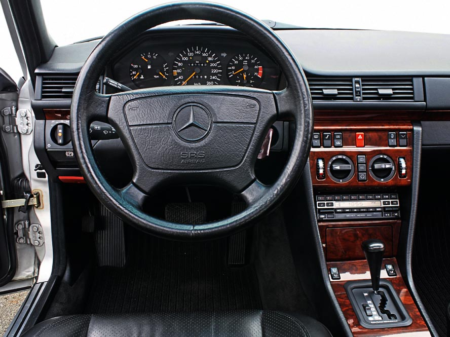 Porsches Mercedes