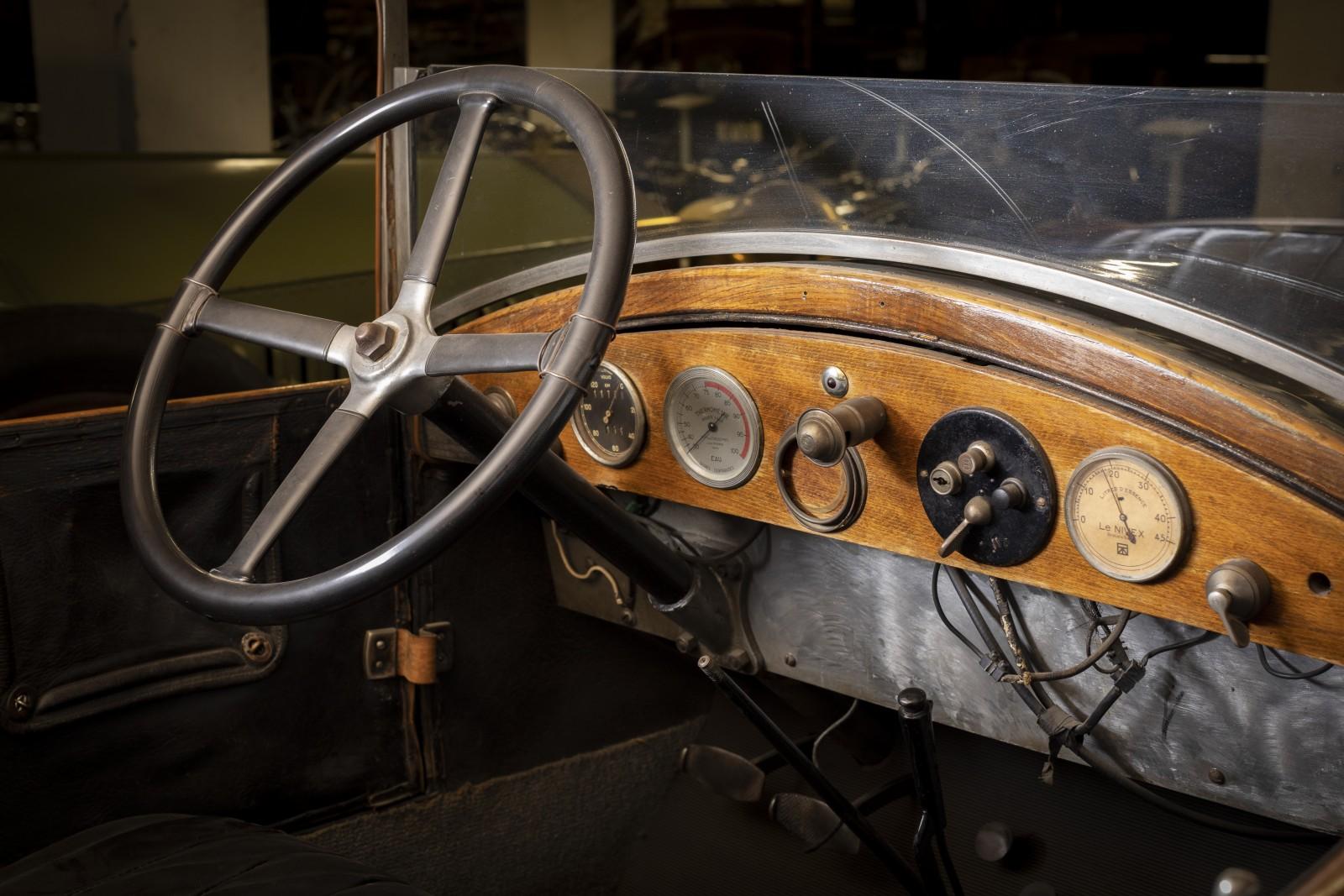Världens äldsta Volvo visas