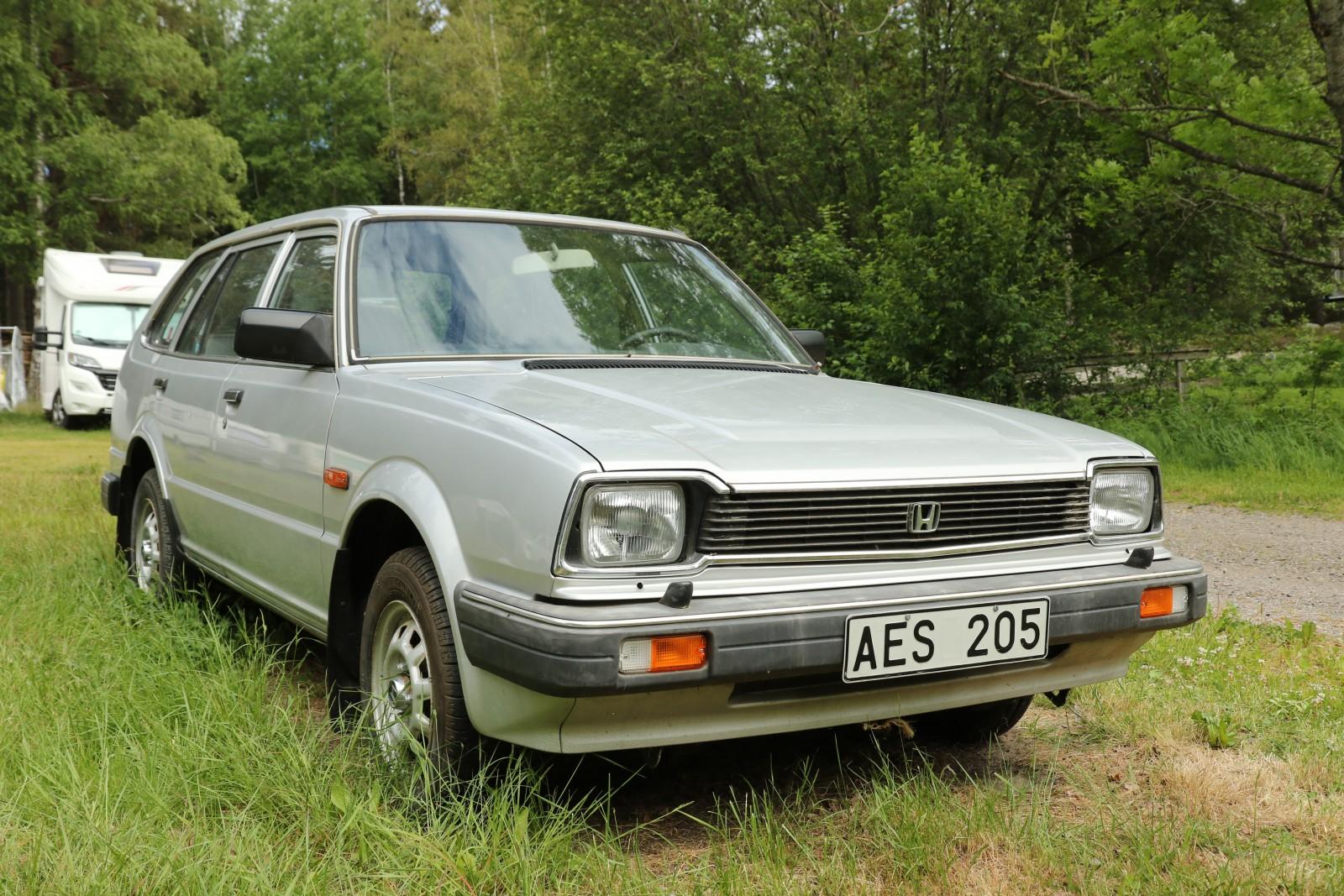 AES 205 är en Honda Civic Wagon 1982 med en mätarställning på bara 10,5 mil!