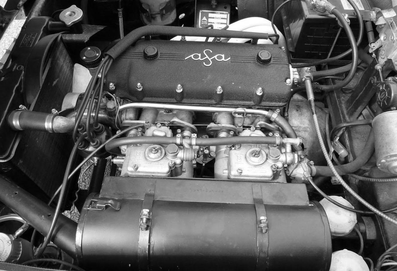 Ingenting fick skvallra om att det här var en förklädd Ferrarimotor.
