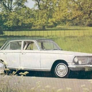 Kort lycka med Mercedes 220