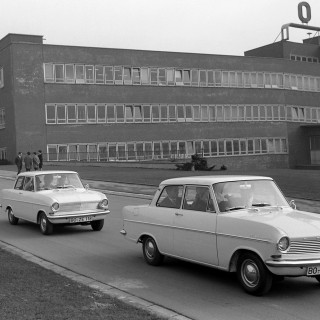 Kandidat #11: Opel Rekord!