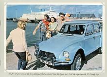 Obekymrade ungdomar med smak på äventyr som i denna engelska broschyr - mitt i målgruppen!