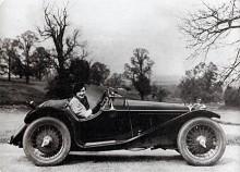 Med Riley Imp hade 1930-talets engelska sportsbilsideal nått sin fulländning. Vilka proportioner!