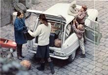 En kombi kom i augusti 1964. Det fanns också en skåpbil med två dörrar och plåtsidor.