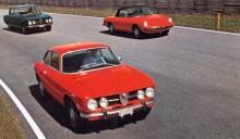 Berlina har alltid fått leva lite i bakgrunden, dess färgstarka syskon har fått mer uppmärksamhet. Här kommer 1750 GTV, 1750 Spider och 1750 Berlina.