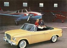 En convertible tillkom 1960, Studebakers första sedan 1952. Motortypen angavs med romerska siffror, VIII för V8 och VI för sexan i krom på framskärmen.