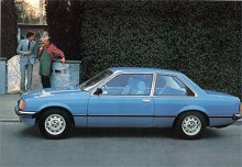 I augusti 1977 är det åter dags för en ny upplaga av Opel Rekord, nämligen typ E. Helt nya karosser och överarbetad teknik. Fjädringen stramas upp ytterligare och fjärran är femtiotalets gungiga Oplar.