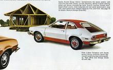 Pinto 1974. Med glaslucka, rött vinyltak och röda färgaccenter på navkapslar och trösklar - sporty!